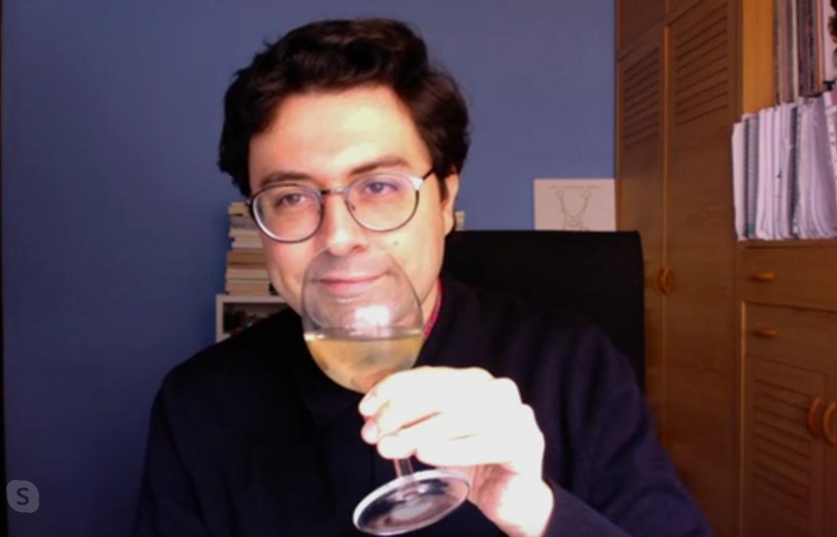 Jordi Nopca, tastant un via de la DO Catalunya per videoconferència amb el Tot Barcelona